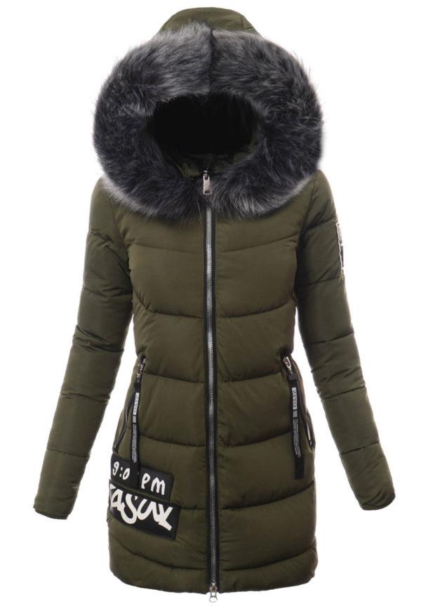 Modna stylizacja kurtek zimowych damskich na Sylwestra
